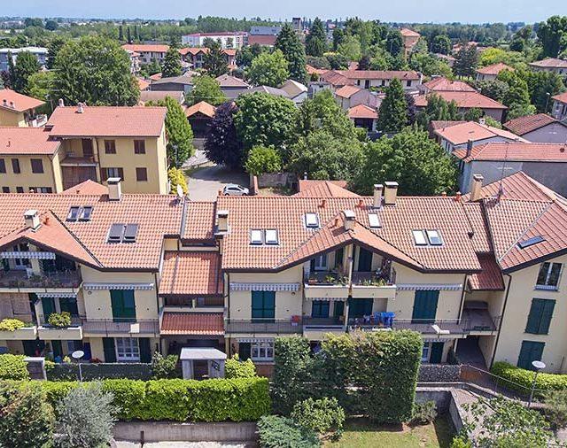https://www.edilmaltagliati.it/wp-content/uploads/2019/07/Residenza-Laura-Edilmaltagliati-3-640x506.jpg